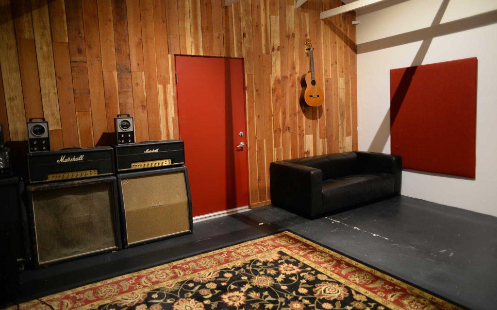 Big Scary Tree Studio - Tracking Room