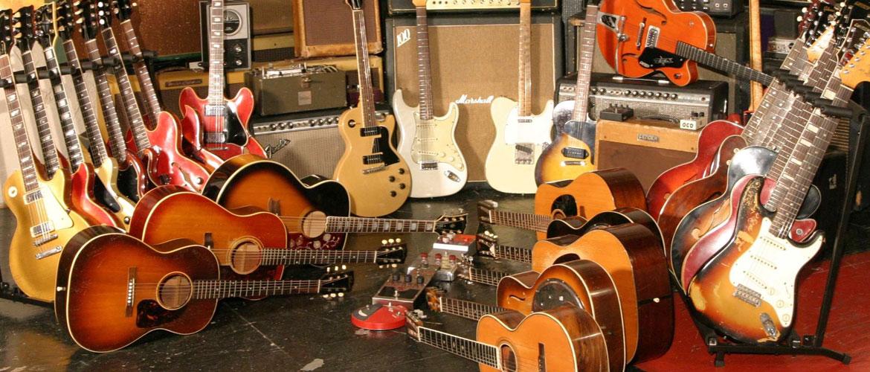 Vintage Guitars, Guitars, Guitars!